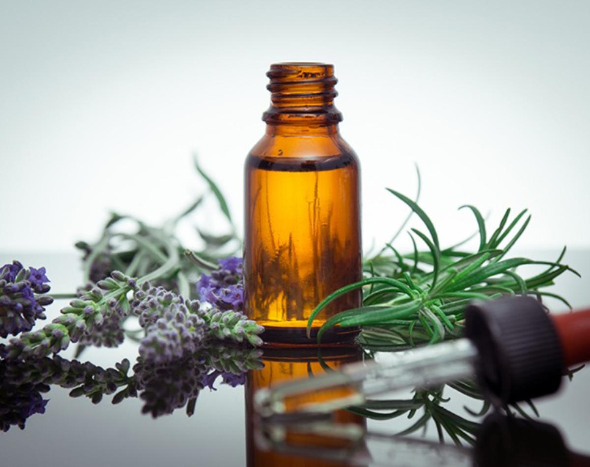 Comment créer un parfum aux huiles essentielles